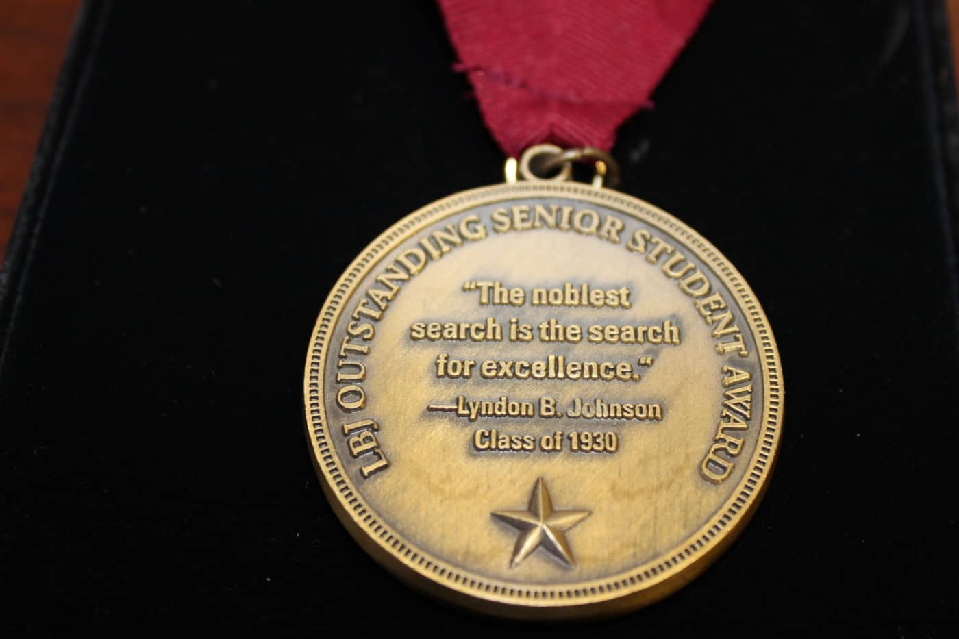 LBJ Distinguished Senior Award Medal