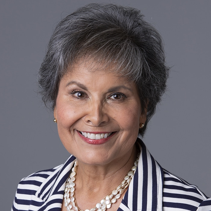 Gloria Campos Brown Headshot